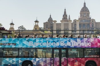 Hop-On Hop-Off Bus Tour by Bus Turistic