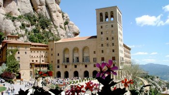 Montserrat Monastery Tickets with Transport Pass & Lunch