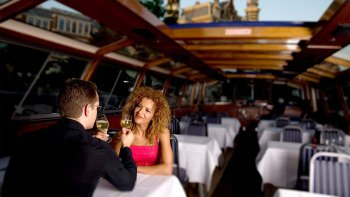 Dinner cruise with four-course meal & drinks