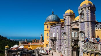 Sintra, Cascais & Estoril Small-Group Full-Day Tour