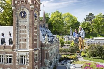 Delft, The Hague & Madurodam Tour