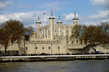 Tower of London, Private cruise, St Paul's & Harrods Tea