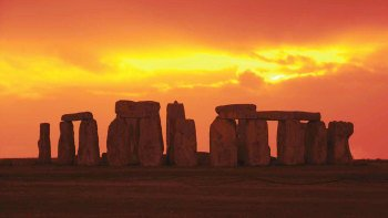 Stonehenge Admission with Transportation & Audio Guide