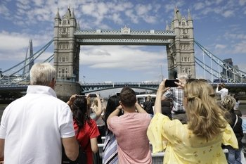 Hop-On Hop-Off River Thames Cruise & Attraction Packages