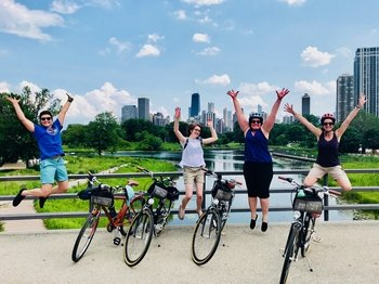 Lakefront Neighbourhoods Bike Tour
