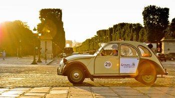 Paris by Day : Best Views Of Paris in a Vintage Car