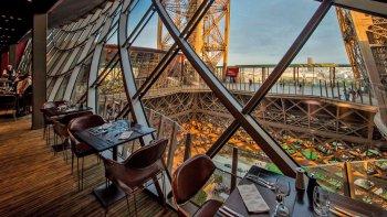 ,Torre Eiffel,Con cena