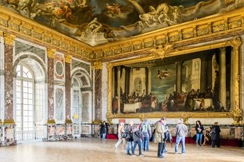 Palace of Versailles Tickets with Audio-Guide and Transfers