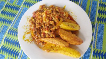 Small-Group West African Markets & Cuisine Tour
