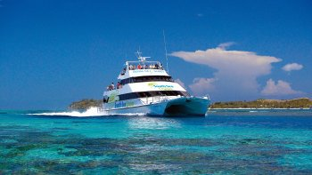Mamanuca Islands Day Cruise by South Sea Cruises