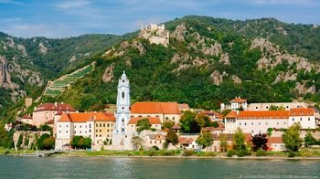 Day Trip to Danube Valley