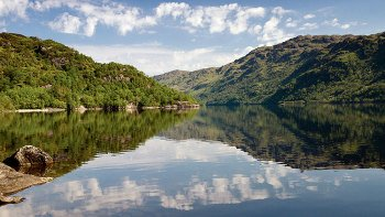 Loch Lomond, Highlands & Stirling Castle Tour with Hotel Pick-up