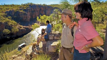 Katherine Gorge Cruise & Edith Falls Day Tour