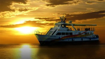 Full-Day City Tour with Sunset Dinner Cruise