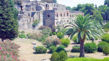 Pompeii & Mount Vesuvius Tour from Naples