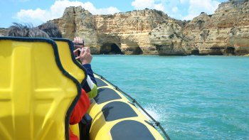 Coastal Cruise to the Insonia Caves