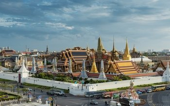 Grand Palace & Emerald Buddha Temple Tour