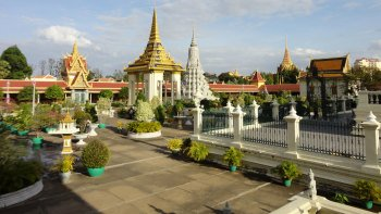 Private Wat Phnom, Royal Palace & Silver Pagoda Tour