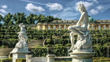 Discover Potsdam Full-Day Walking Tour