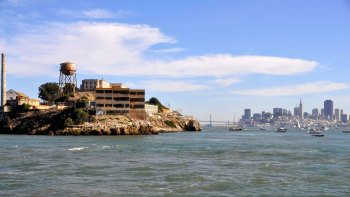 Alcatraz Package: Hop-On Hop-Off Cruise & City Tour