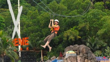 Sunway Lagoon Theme Park Admission with Roundtrip Transfer