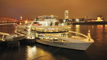Cologne Dinner Cruise with All-You-Can-Eat Buffet & Open Bar