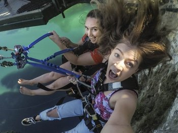 Cliffhanger Extreme Swing over Waikato River Valley