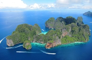 Phi Phi Islands Day Trip by Express Boat with Snorkeling & Lunch