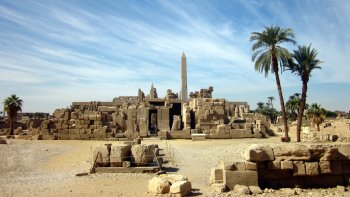 Luxor Private Full-Day Tour by Car with Lunch