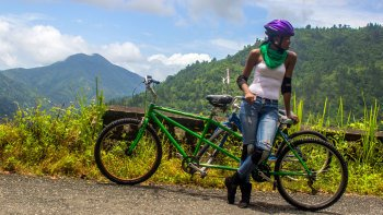 Blue Mountain Bus & Bicycle Tour