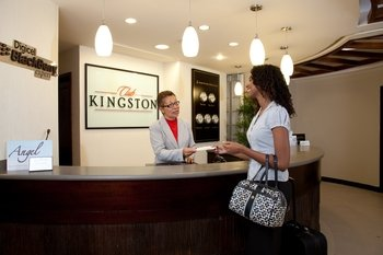 Club Kingston VIP Airport Lounge