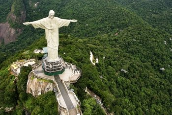 Christ the Redeemer Statue by Train