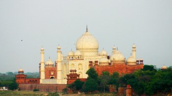 Private Full-Day Agra & Fatehpur Sikri Tour with lunch