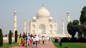 Agra & Sikandara Full-Day Tour