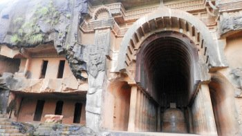 Karla & Bhaja Caves Full-Day Private Tour with Lunch