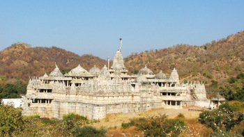 Private Full-Day Tour to Ranakpur Temple with lunch