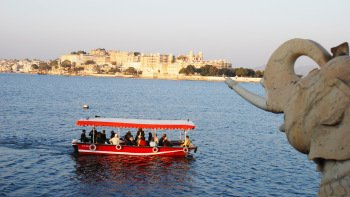 Lake Pichola Sunset Boat Experience