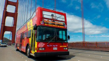 Hop-on hop-off -bussikiertoajelu San Franciscossa