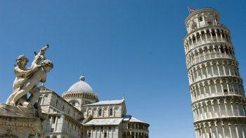 Pisa Walking Tour & Leaning Tower Skip-the-Line Ticket
