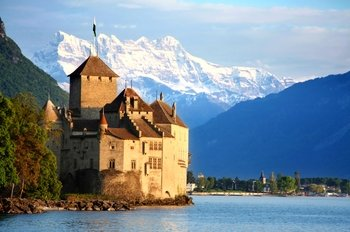 Montreux & Chateau de Chillon Tour