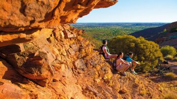 Kings Canyon & Outback Panoramas Tour