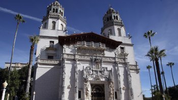 Coast Tour to Santa Barbara, Solvang & Hearst Castle
