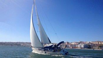 ,Crucero por el Tajo,Tagus River Cruise,Excursión a Cascais,Tour por Lisboa,En grupos privados