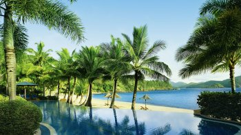 Full-Day Hamilton Island Freestyle Cruise