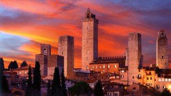 ,Excursión a Gimignano,Excursion to Gimignano,Excursión a Siena,Excursion to Siena,Visita privada