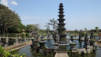 Private Exploring East Coast Bali Tour