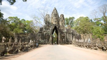 Full-Day Angkor Wat Tour
