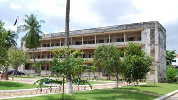Tuol Sleng & National Museum Half-Day Tour