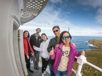 Bruny Island Food, Sightseeing and Lighthouse Tour with Lunch