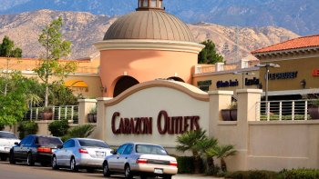 Shop & Play at Cabazon Outlets